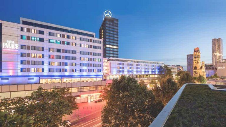berlin-hotel-palace-aussen-1carousel